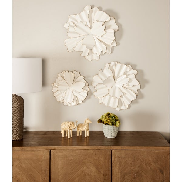 Set of 3 Eclectic 13, 17 and 19 Inch White Flower Wall Decors