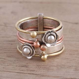 Handmade Sterling Silver Copper 'Metallic Flowers' Ring (India)