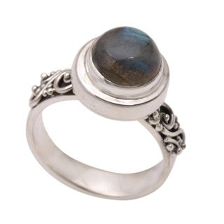 Handmade Sterling Silver 'Magnificent Forest' Labradorite Ring (Indonesia)
