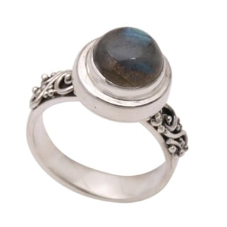Handmade Magnificent Forest Sterling Silver Labradorite Ring (Indonesia)