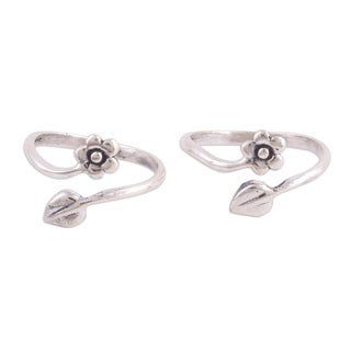 Set of 2 Handmade Sterling Silver 'Flower and Leaf' Toe Rings (India)