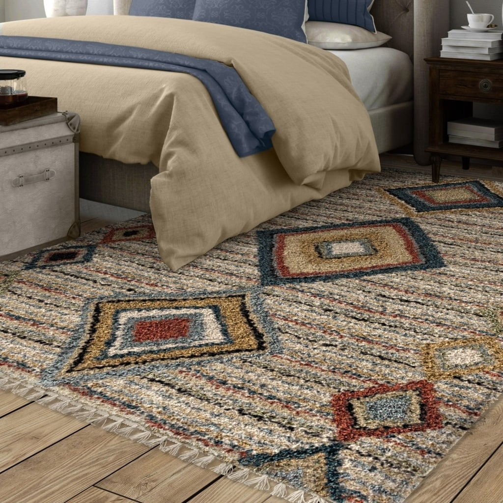 The Curated Nomad Escolta Bohemian Tribal Fringe Area Rug - 5'3 x 7'6 (5'3 x 7'6 - Classic)