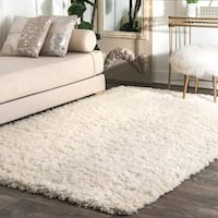 nuLOOM Ivory Handmade Soft and Plush Solid New Zealand/ Indian Wool Shag Rug