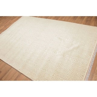 Modern Patterned Oriental Hand Knotted Area Rug - Beige/Brown - 6' x 9'