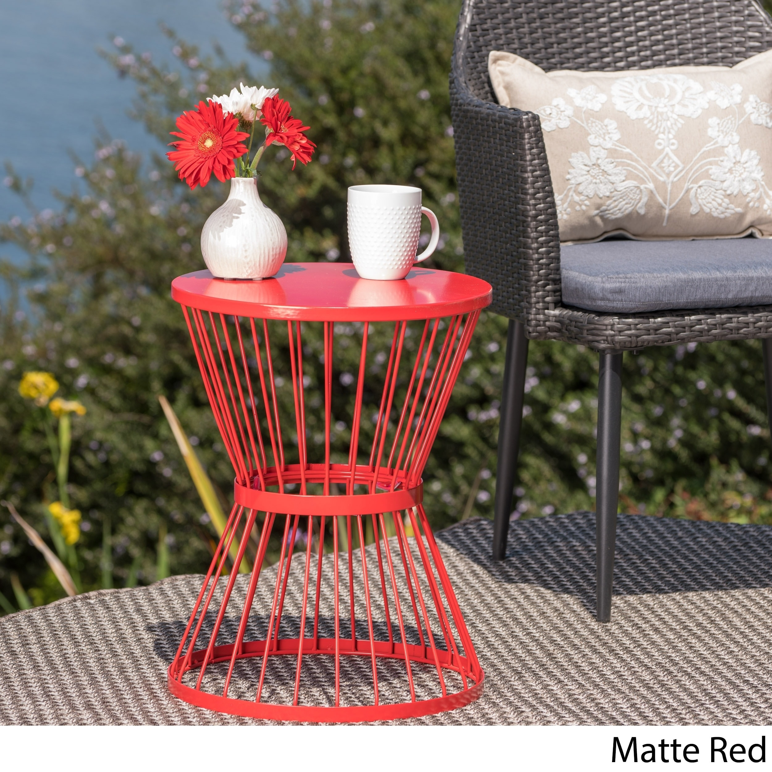 Len Outdoor 16 Inch Round Side Table