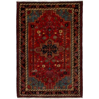 eCarpetGallery Hand-knotted Touserkan Red Wool Rug (3'1 x 4'7)