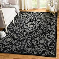Safavieh Hand-Hooked Total Performance Traditional Black Rug (6' x 9')