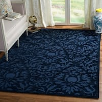Safavieh Hand-Hooked Total Performance Traditional Navy Rug (8' x 10') - 8' x 10'