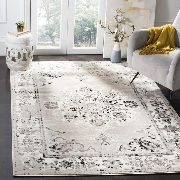 "Safavieh Skyler Vintage Grey / Ivory Rug (6'7' x 6'7' Square) - 6'-7"" x 6'-7"" square"