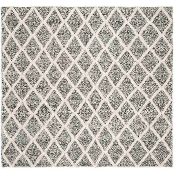 Safavieh Handmade Natura Casual Ivory / Black Polyester Rug - 6' x 6' Square
