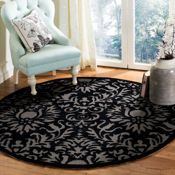Safavieh Handmade Total Performance Transitional Black Acrylic Rug - 6' x 6' Round