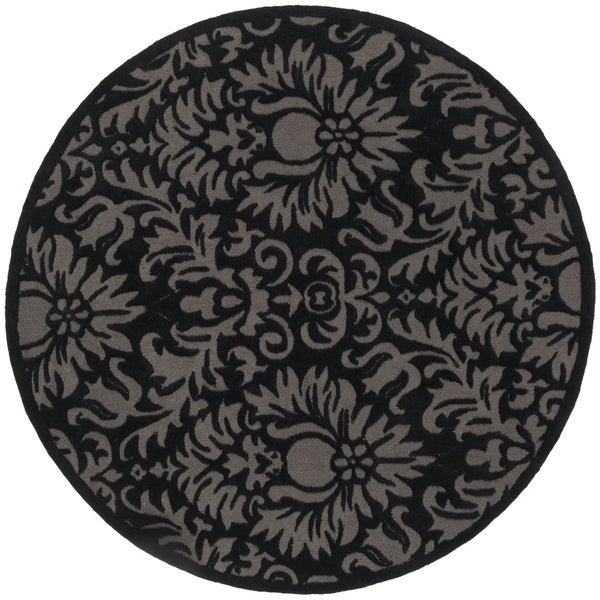 Safavieh Hand-Hooked Total Performance Traditional Black Rug (6' x 6' Round)