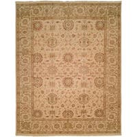 Traditional Ivory Hand-Knotted Area Rug (6' x 9')