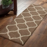 """Maples Rugs Moscow Trellis Runner Rug (1'9""""x5') - 1'9""""x5'"""