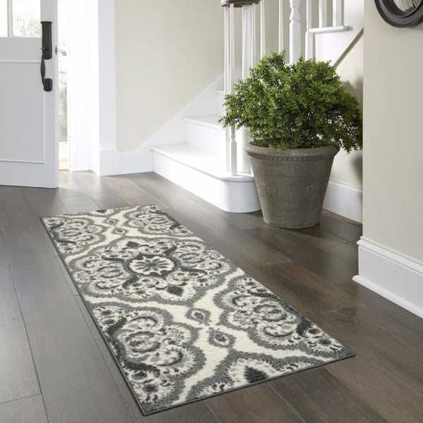 Shop Maples Rugs Derby Oversized Floral Medallion Runner
