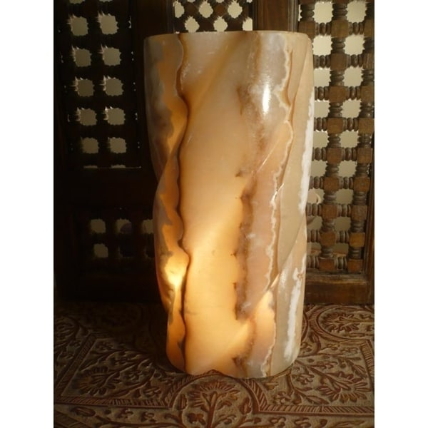 Pillar Lamp - 9' x 12'