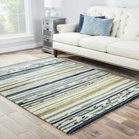 Havenside Home Provincetown Indoor/ Outdoor Abstract Silver/ Blue Area Rug (5' x 7'6) - 5' x 7'6