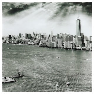 "Empire Art ""New York Skyline B"" Frameless Free Floating Tempered Art Glass by EAD Art Coop"