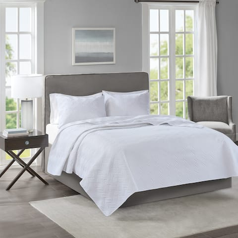 510 Design Korie White Solid Embossed 3-piece Coverlet Set