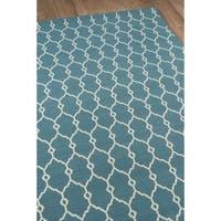 Clay Alder Home Balthazar Trellis Blue Indoor/ Outdoor Area Rug (5'3 x 7'6)