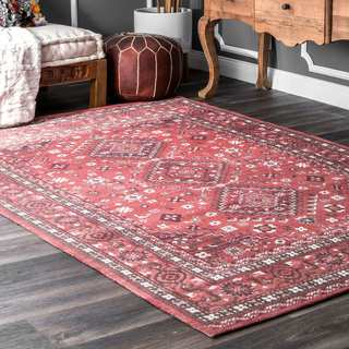 nuLOOM Traditional Diamond Medallion Fancy Red Cotton Area Rug (6' x 9')