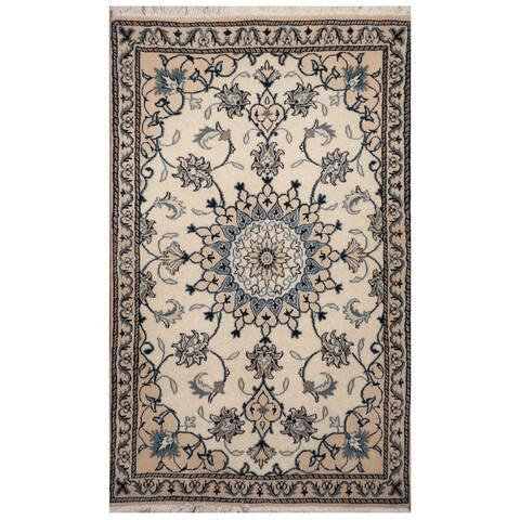 Handmade One-of-a-Kind Nain Wool and Silk Rug (Iran) - 2'10 x 4'9
