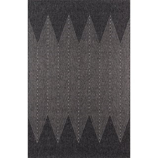 "Momeni Como Backgammon Indoor/Outdoor Charcoal Rug - 6'7"" x 9'6"""