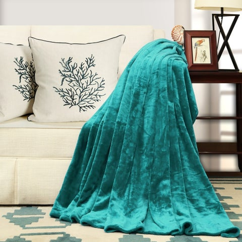Warm and Cozy Anti-Static and Anti-pilling Fleece Throw Blanket