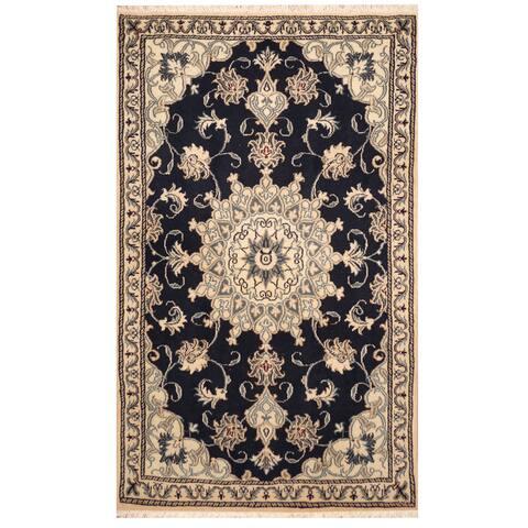 Handmade One-of-a-Kind Nain Wool and Silk Rug (Iran) - 2'11 x 4'10