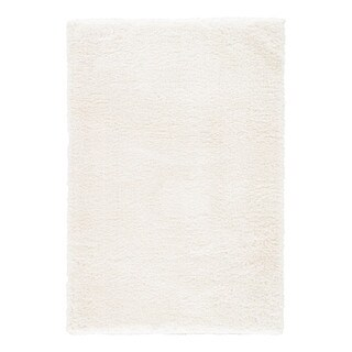 Cecily Solid White Area Rug (4' X 6') - 4' x 6'