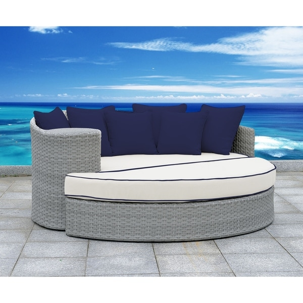 Shop SOLIS Gratia 2-Piece Daybed Patio Set - White ... on Safavieh Outdoor Living Granton 5 Pc Living Set id=82781