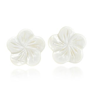 Handmade Beautiful White Plumeria Flower Carved from Mother of Pearl Post Earrings (Thailand)
