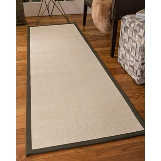 "NaturalAreaRugs Icon Wool Carpet Runner Made in USA Moss Border (2' 6"" x 8')"