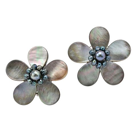 Handmade Glimpse of Grey Mother of Pearl Flower Clip On Earrings (Thailand)