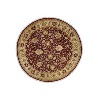"Shahbanu Rugs Hand Knotted Pure Wool Round Burgundy Agra Oriental Rug (9'6"" x 9'6"") - 9'6"" x 9'6"""