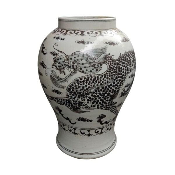 Handmade Hong Wu Flaring Rim Dragon Motif Jar