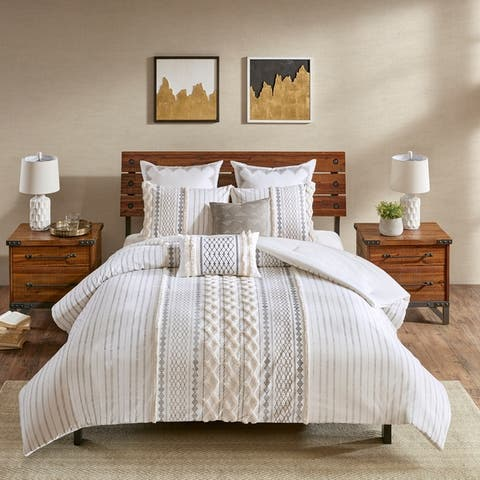 The Curated Nomad Clementina Cotton Printed Chenille Comforter Set