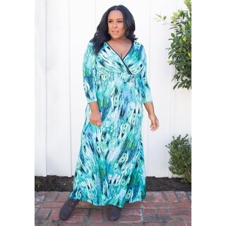 Sealed with a Kiss Women's Plus Size Gia Maxi Dress
