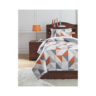 Signature Design by Ashley Layne 3-piece Quilt Set (2 options available)