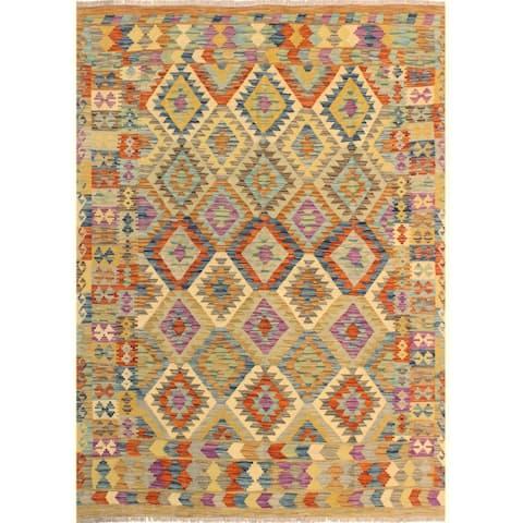 Kilim Arya Hye Brown/Blue Wool Rug (5'9 x 7'6) - 5 ft. 9 in. x 7 ft. 6 in. - 5 ft. 9 in. x 7 ft. 6 in.