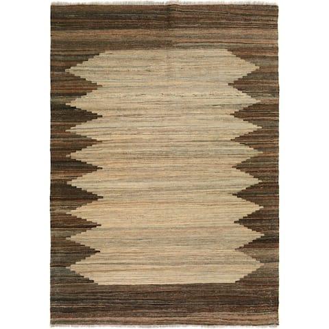 Kilim Arya Mallory Tan/Brown Wool Rug (5'2 x 6'3) - 5 ft. 2 in. x 6 ft. 3 in. - 5 ft. 2 in. x 6 ft. 3 in.