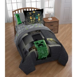 Minecraft Spawn Reversible Twin/Full Comforter