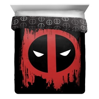 Marvel Deadpool Invasion Reversible Comforter