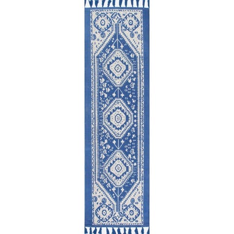 The Curated Nomad Santiago Diamond Dragon Cotton Tassel Area Rug