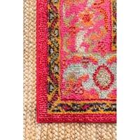 nuLOOM Traditional Flower Medallion Violet Pink Round Rug (5'3 Round) - 5'3