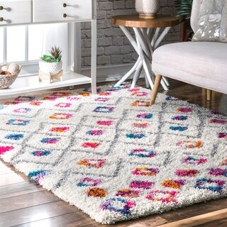 The Curated Nomad Ashbury Vibrant Moroccan Diamond Shag Area Rug - 5' x 8'