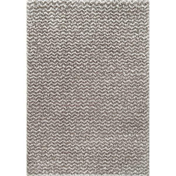 Soft And Plush Solid Chevron Shag Rug