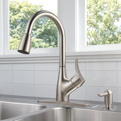 Delta Peerless Choice Single Handle Pull-Down Kitchen Faucet with Soap Dispenser P88121LF-SSSD-W Stainless