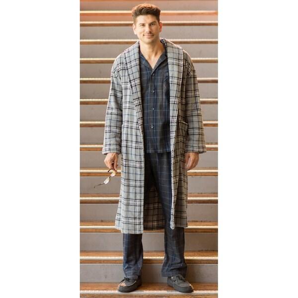 f9da85f9be Shop Majestic International Boulevard Plush Fleece Robe - Free Shipping  Today - Overstock - 20708503