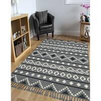 Itza Grey/Black/Ivory/Silver Wool Handmade Flatweave Area Rug - 9' x 12'